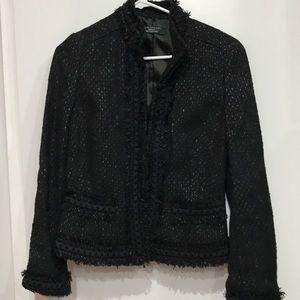 Like nes elie Tahari tweed jacket in black